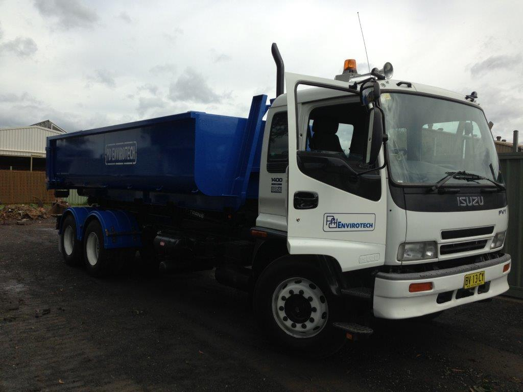 Bin Truck For Contaminated Soil Removal And Transport